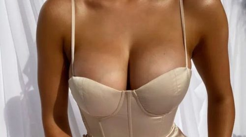 New Bridesmaid's Fashion Dress is so low – Cut that Breasts Risk Falling Out of The Dress !